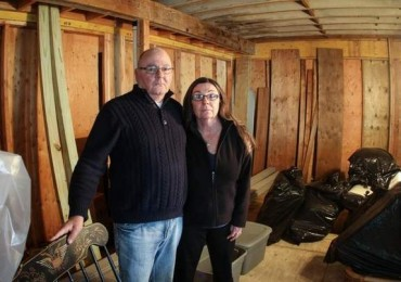 Short-changed by insurance, Sandy victims fight back